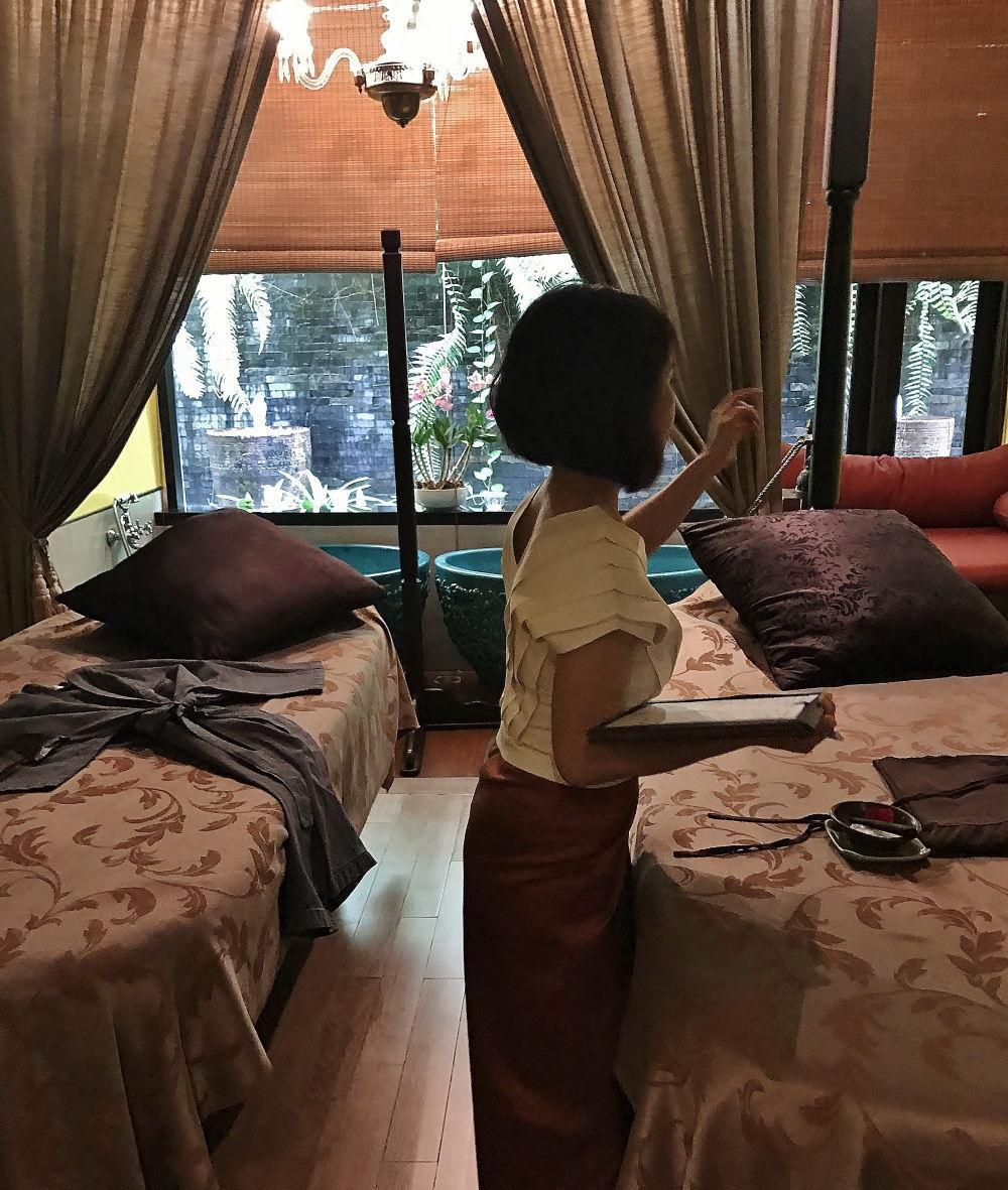 ディバナ マッサージ&スパ ヴィラの室内の様子