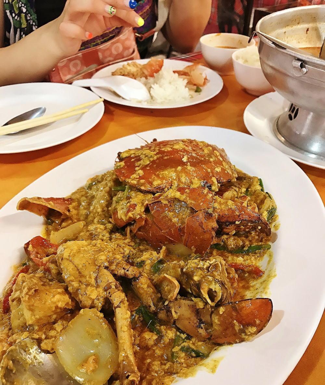 チェンマイで美味しいプーパッポンカレー