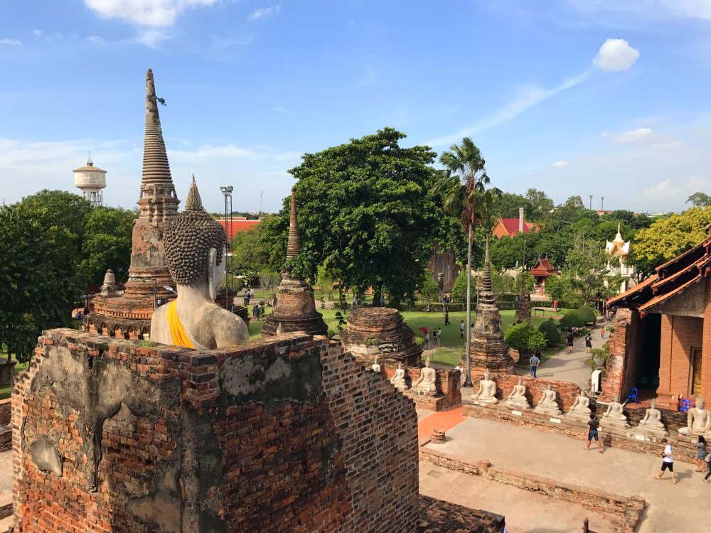 ワット・ヤイ・チャイ・モンコンからの眺め