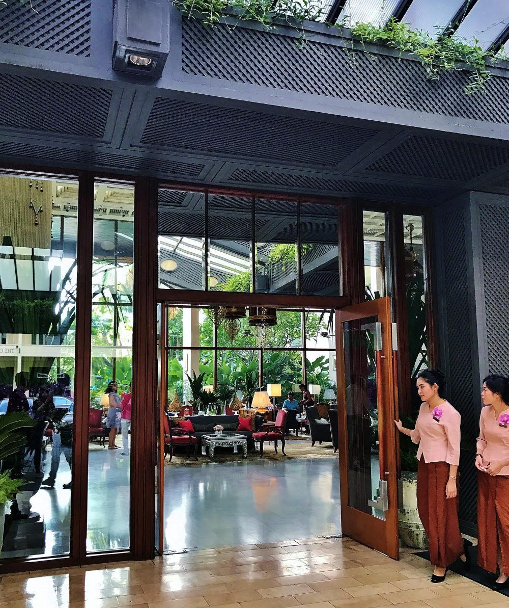 マンダリンオリエンタルホテル ロビー 入口