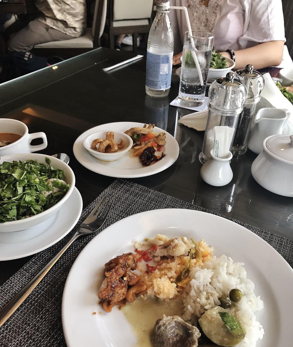 タイ 豚皮揚げ 食べ方