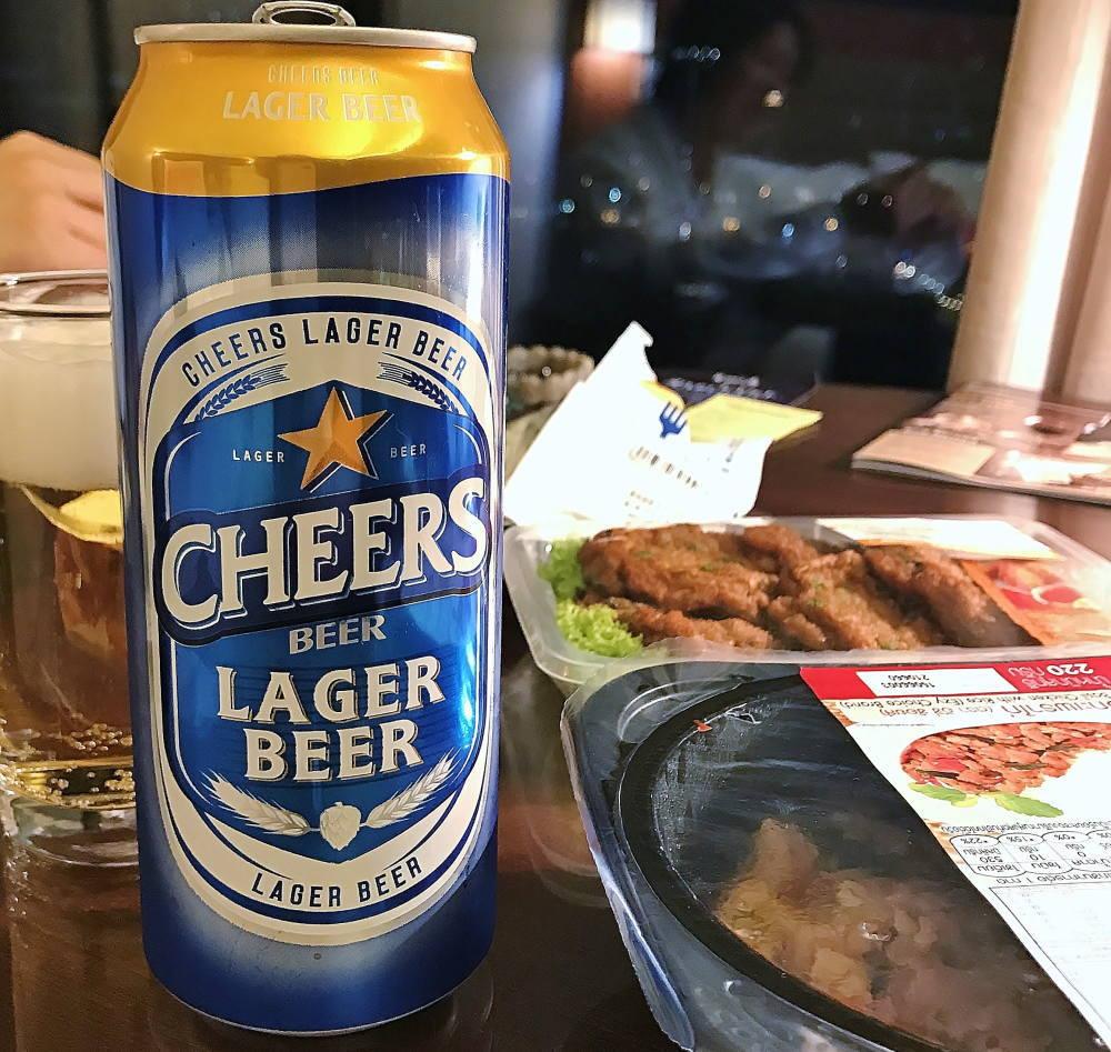 タイビールで部屋飲み