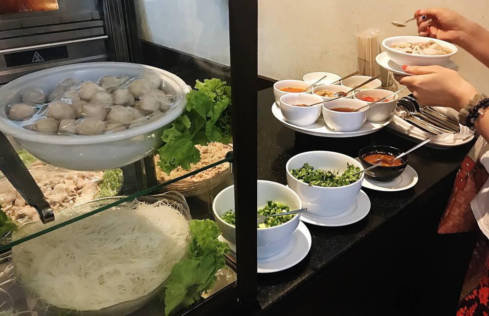 タイのレストランで食べたクイッティアオ